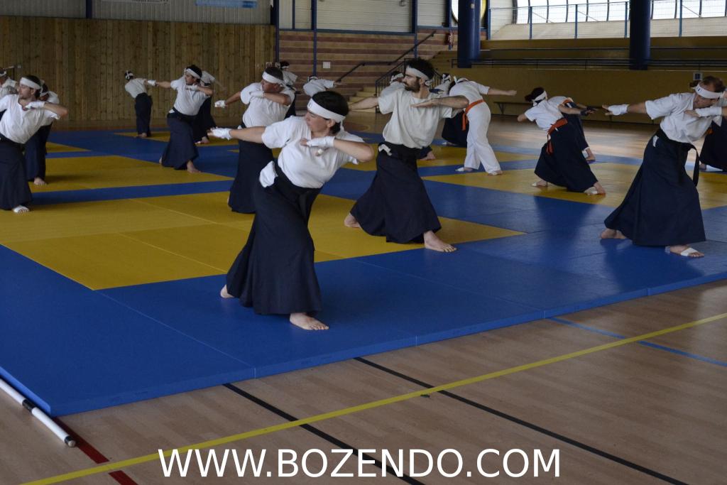 Scéance de Ki Taiso au Dojo